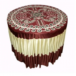 4 FT X 4 FT - Round Table Cover - Made of Premium Quality Brite Lycra - Top Velvet Fabric Cloth - Maroon & Creme Color