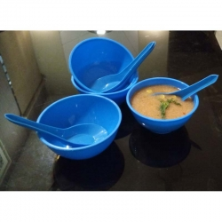 5.3 Inch - Soup Bowls with Spoons - Microwave-Safe Soup Bowls - Made of Food-Grade Virgin Plastic - Blue Color